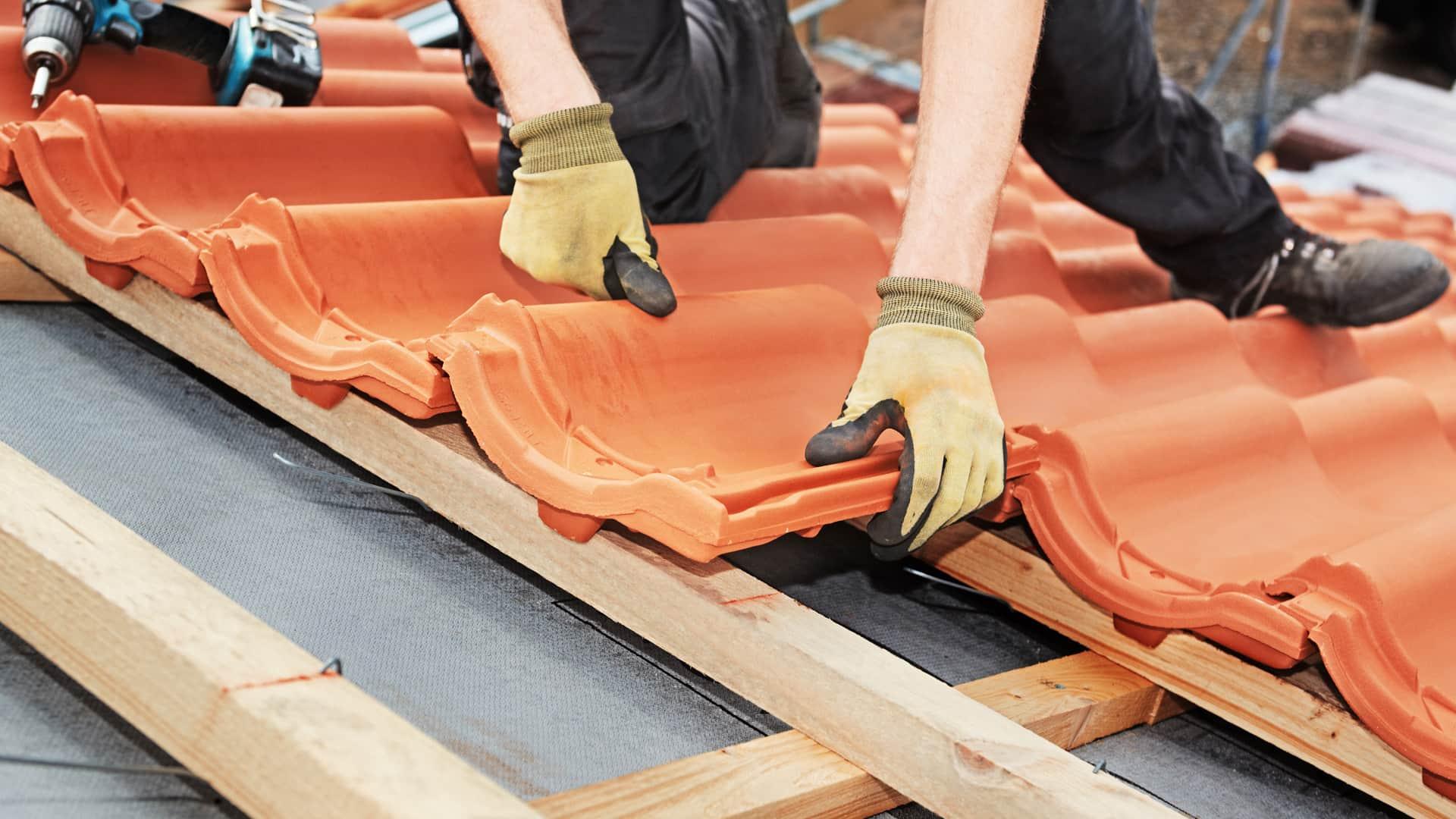 Mit den richtigen Baustoffen wird Ihr Dach zum i-Tüpfelchen